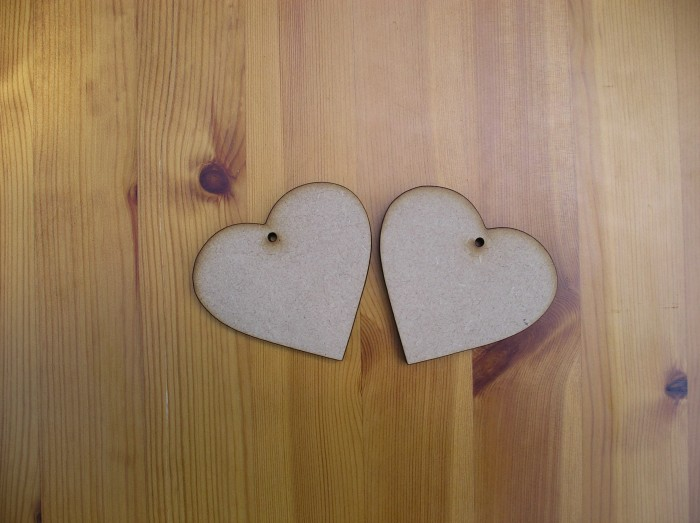 (H4) Hearts 75 mm wide in 6 mm MDF. 2 off