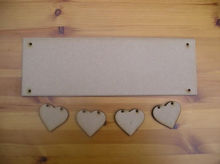 (HP12) Suspended 4 Hearts Plaque