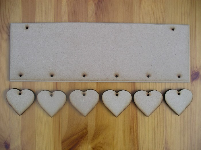 (HP9) Hanging 6 Hearts Plaque