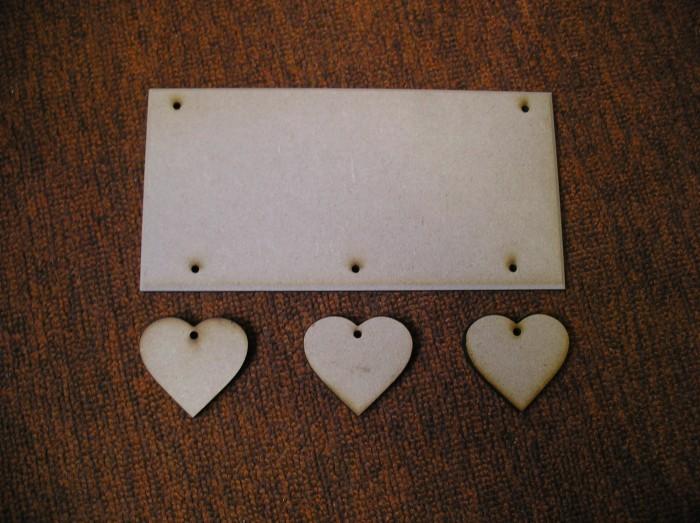 (HP6) Hanging 3 Hearts Plaque