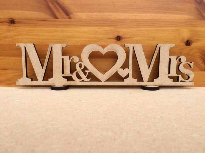 (SN4) Mr & Mrs Heart Sign